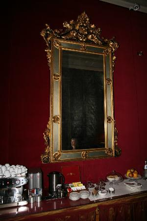 1865 ريزيدنزا ديبوكا: Breakfast area but not at breakfast time
