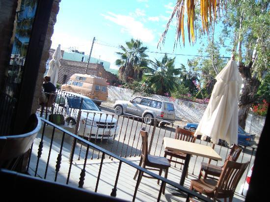 La Santena: street view