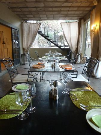 Olive Grove : Downstairs Dining Area