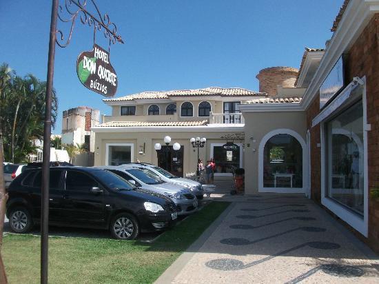 Hotel Don Quijote: Fachada