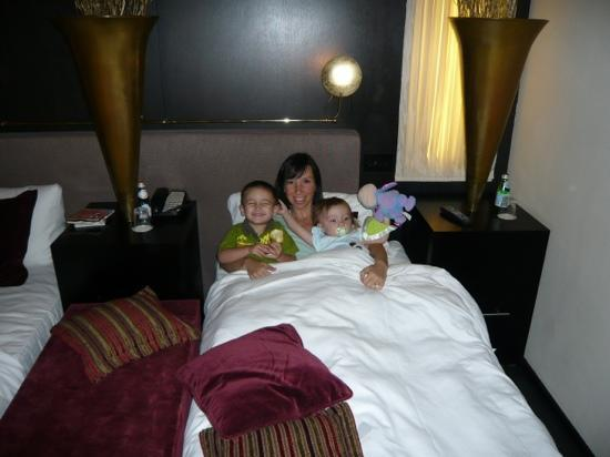 Baglioni Hotel London: mom gets the kids, dad sleeps great!