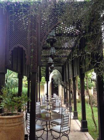 La Villa des Orangers - Hotel: outdoor dining