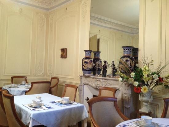 Hotel de l'Europe: un particolare della sala colazioni
