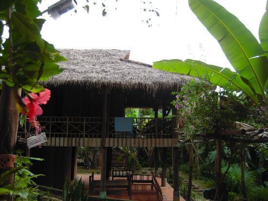 Le Bout du Monde - Khmer Lodge: Villa Sontes