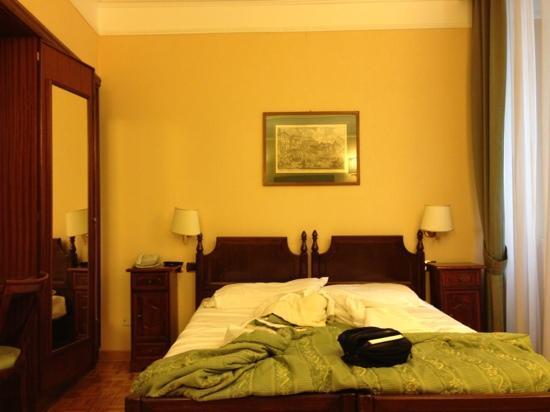 Hotel Cecil: camera superior