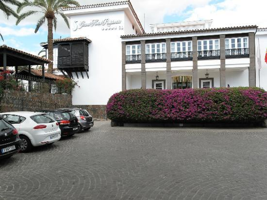 Seaside Grand Hotel Residencia: Entrance