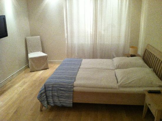Schoenhouse Apartments: Chambre bas 1