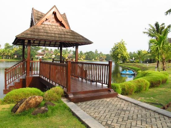 The Zuri Kumarakom: Around the Resort 