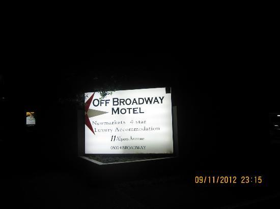 Off Broadway Motel: at the entrance