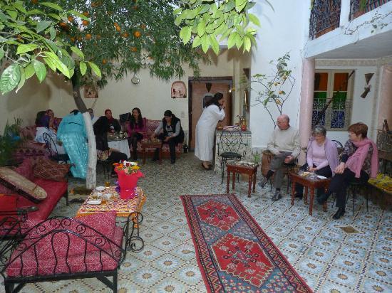 Riad lalla fatima : la cour interieure