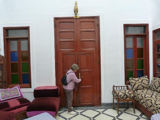 Riad lalla fatima : entrée d'une suite