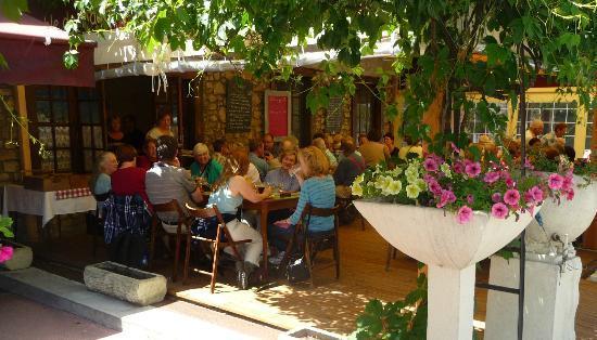 La table de magda le mas d 39 azil restaurantbeoordelingen - Restaurant le jardin gourmand le mans ...
