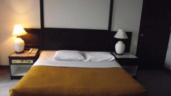 Town In Town Hotel Pattaya: Bed