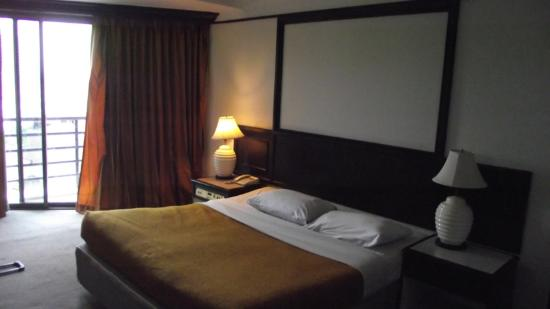 Town In Town Hotel Pattaya: room