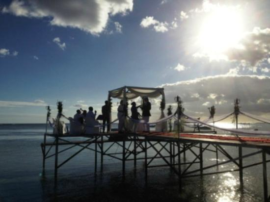 ‪‪Maradiva Villas Resort and Spa‬: Wedding set up on the pontoon‬