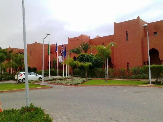 SENTIDO Kenzi Menara Palace: Main entrance