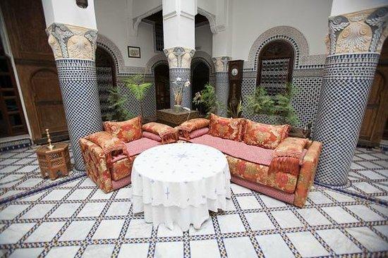 Riad El Yacout : funky furniture