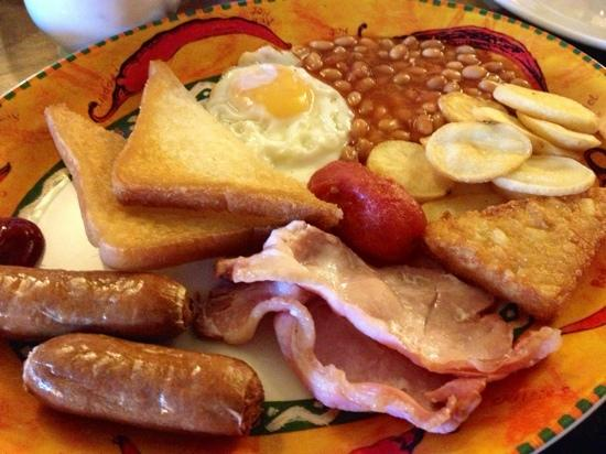 The Phelips Arms: A hearty Full English (black pudding & mushrooms also available upon request)