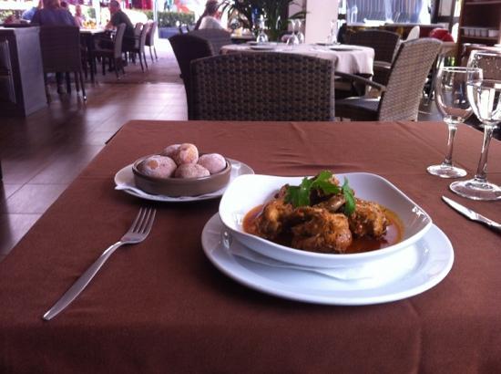 Folelé : canarian rabbit stew