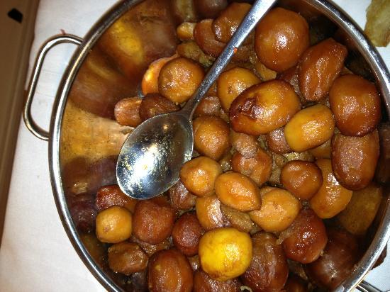 Kong Volmer: Hvis de brunede kartofler havde fået mere, kunne de omdøbes til Franske kartofler, Tørre og inds