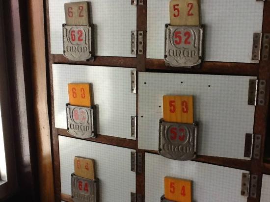 Tsubameyu : Tsubame-yu inside: retoro shoe boxes