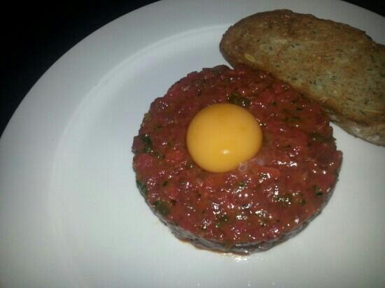 Galvin Brasserie de Luxe: brilliant steak tartare