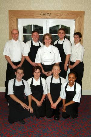 Clarkes Restaurant at Glen-Yr-Afon House Hotel: Julie and her team at Clarkes