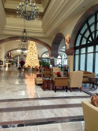 CasaMagna Marriott Cancun Resort: beautiful lobby
