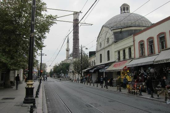Sultanahmet District: Sultanahmet St