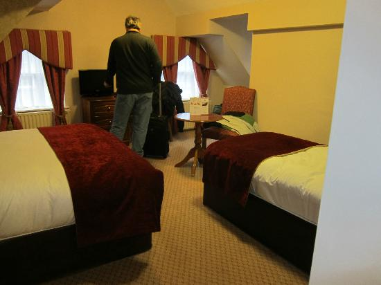 Buswells Hotel: room