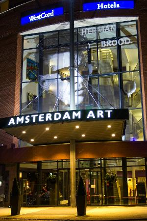WestCord Art Hotel Amsterdam: Hotel Entrance