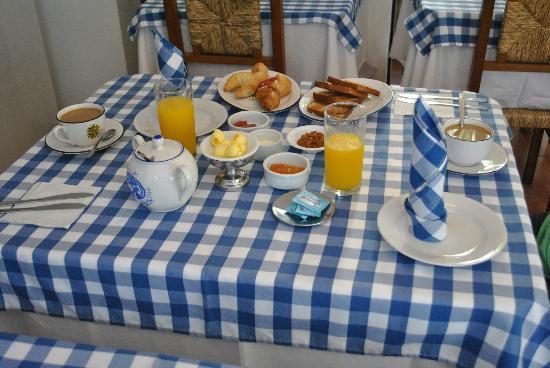 Hotel posada Manuel de lobo: El desayuno continental