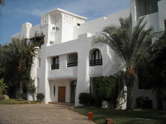Odyssee Resort & Thalasso: hotel max 2 etage agréable beau jardin