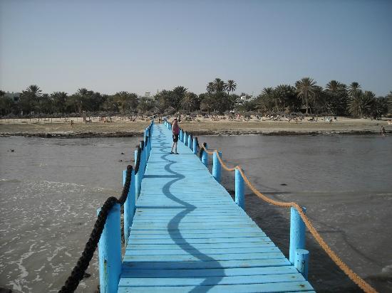 Odyssee Resort & Thalasso: vue de la plage gardée et trés propre
