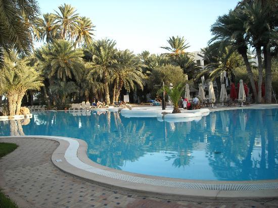 Odyssee Resort & Thalasso: piscine ext