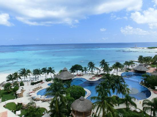 Grand Fiesta Americana Coral Beach Cancun: カリビアンブルー