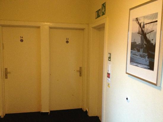Mercedes: doors to the non-smoking rooms, third floor