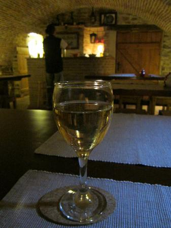 Pension am Schneiderturm: Welcome Drink - Home Made Wine
