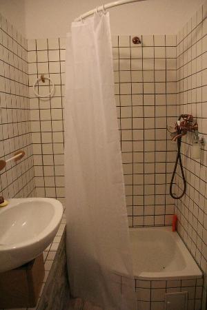 Pension am Schneiderturm: Bathroom