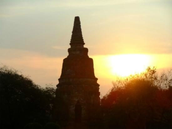 Wat Phra Ram : 夕日に映える景色