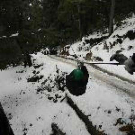 bajando en CANOPY , fue en Julio 2011 Bariloche, Cerro Lopez.