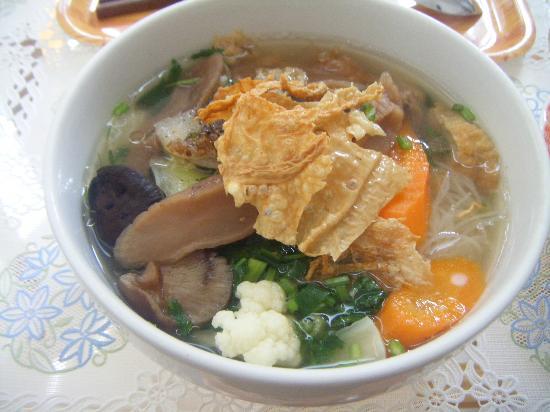 Cat Huy Hotel: 朝食の野菜のフォー(私は好きで何度か頼んだほど)