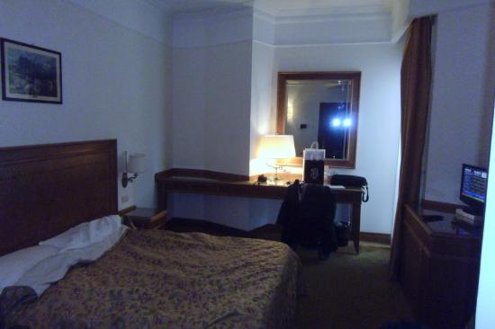 Sunrise Hotel: camera