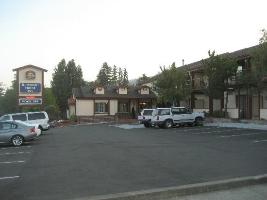 Best Western Plus Humboldt House Inn: Der Parkplatz