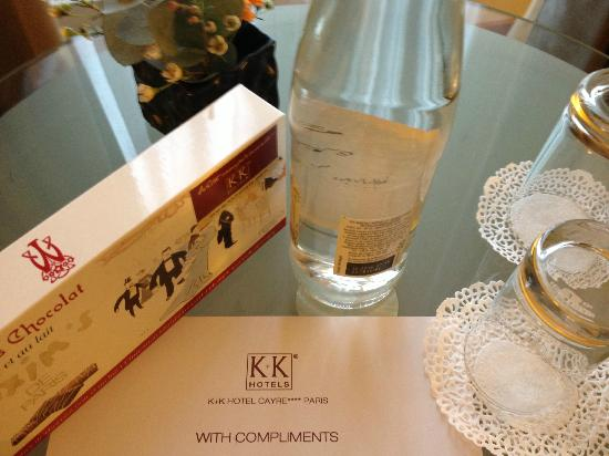 K+K Hotel Cayre: Complimentary water & chocolate