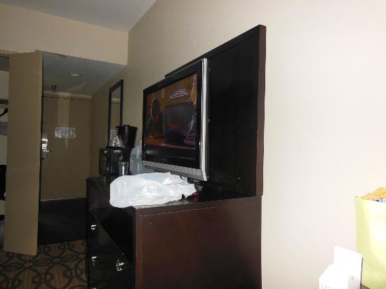 La Quinta Inn & Suites San Diego Mission Bay: flatscreen