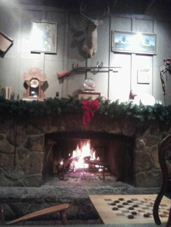 Cracker Barrel: Fireplace