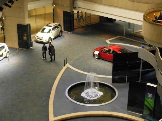 Detroit Marriott at the Renaissance Center: showroom