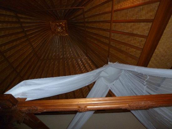 Matahari Beach Resort & Spa: roof over our bed
