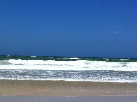 Paradise Beach: herrliche Wellen